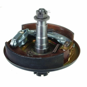 RH STUB AXLE & BACKPLATE ASSEMBLY