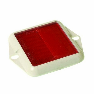 SQUARE RED REFLECTOR